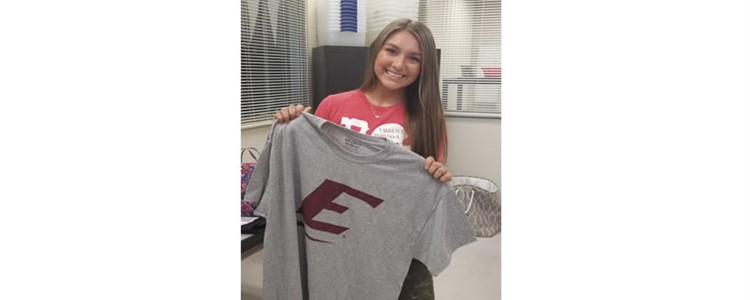 Hannah Taylor applied for EKU and won a shirt!